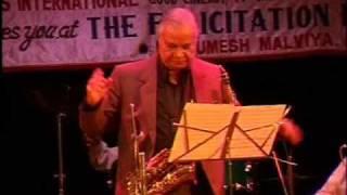 R D Burman - Live Show Manhori Singh Solo Instrumental Gulabi Ankhen