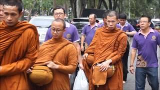 Pindapata pagi Bersama YM. Bhikkhu Avuddhapanno Mahathera (Lp. Art)