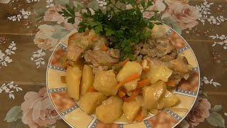 Свиные ребрышки в мультиварке Готовим в мультиварке свиные ребрышки с картошкой и овощами в сметане