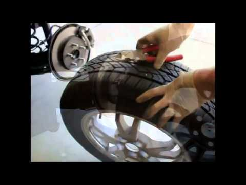how to reset a toyota prius tire pressure warning light doovi. Black Bedroom Furniture Sets. Home Design Ideas