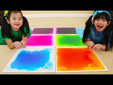 Emma & Jannie Pretend Play Learn Colors w/ Fun Colorful Playmat for Kids