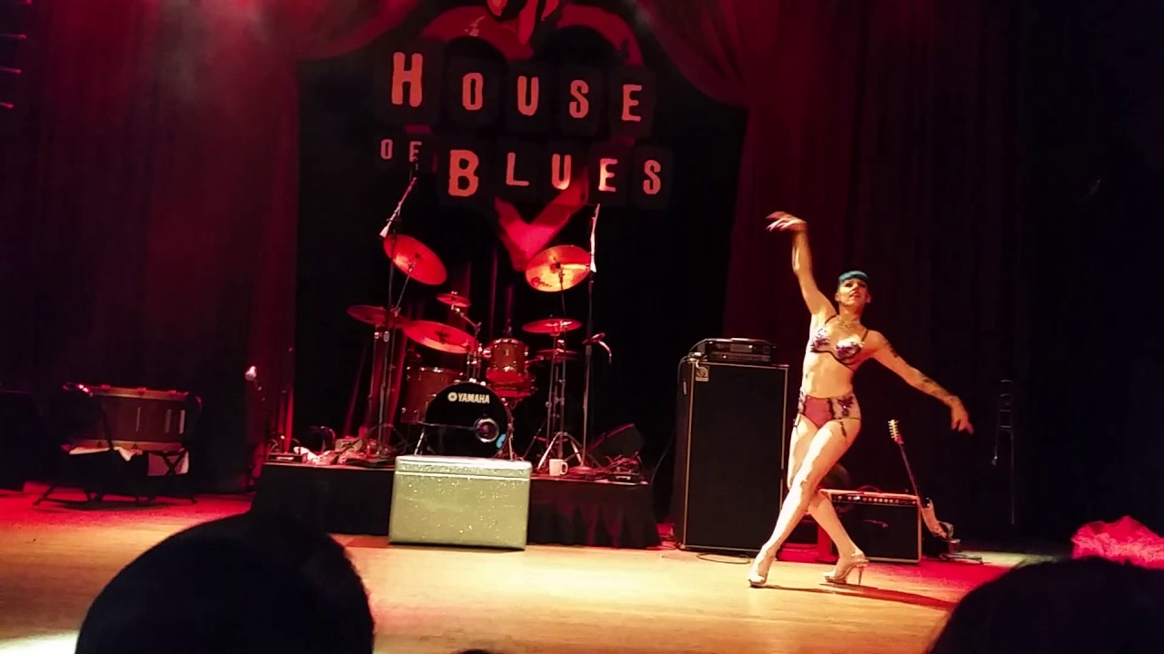 Lola Demure At House Of Blues San Diego Youtube