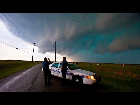 Storm Chase - Lawton & Frederick Tornado Warned Storms, Oklahoma - 17th April 2013