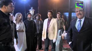 Video CID - Epsiode 680 - Raaz Khoon Peene Wale Qatil Ka download MP3, 3GP, MP4, WEBM, AVI, FLV Agustus 2017