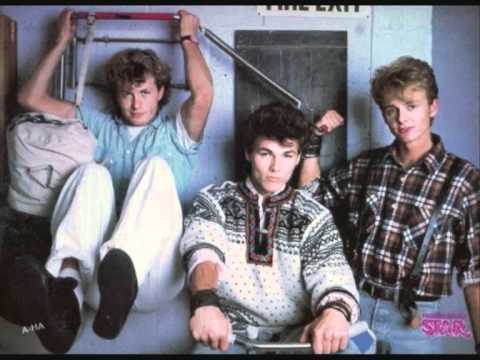A-ha - We're looking for the whales live at Hammersmith 1986