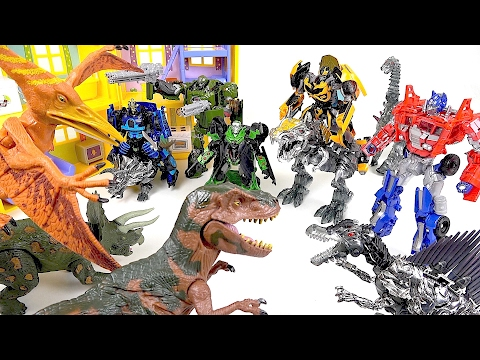 Thumbnail: Terrible Dinosaurs turned into a Transformers! Help Peppa pig - DuDuPopTOY