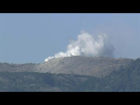 No Comment TV: Volcano in southern Japan erupts for first time in 250 years