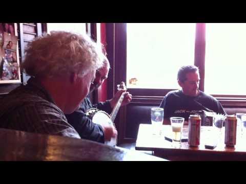 Mick McCauley-Paddy Cleere-Johnnie Hoare in Gahans Bar Tinnahinch 03.MOV