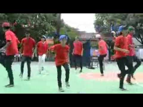 A2bk 402 (Dance)