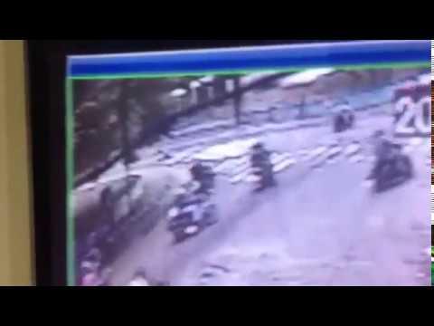 #GRAVE Asesinato de joven en San Cristobal quedo grabado en cámara