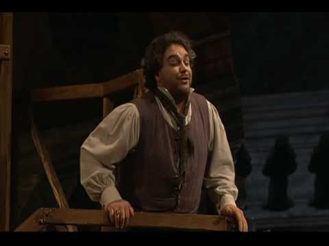 "Salvatore Licitra sings ""Recondita Armonia"" from Tosca"