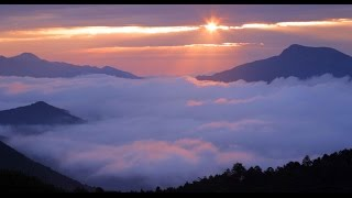 2004年、NHKの 「愛・地球博」関連番組のテーマ曲でした。 作詞・作...
