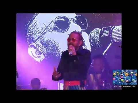 Tono Rosario - Me Tiene Amarrao  Concierto MI VIDA Hard Rock Live 30-9-2017