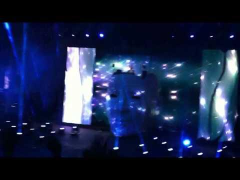 avicii-sweet-dreams-mix-red-rocks-levels-tour