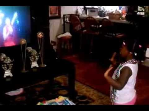 2 year old performing to Jordin Sparks