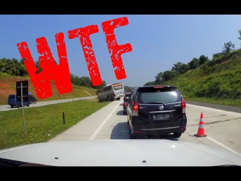 Indonesia bad driving compilation: TOLL ROAD EDITION, July 2017 [7]
