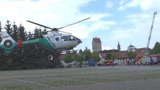 Polizei-Hubschrauber Landung/Start - Touchdown zum Entladen - in Bad Neustadt 150 Jahre FF NES