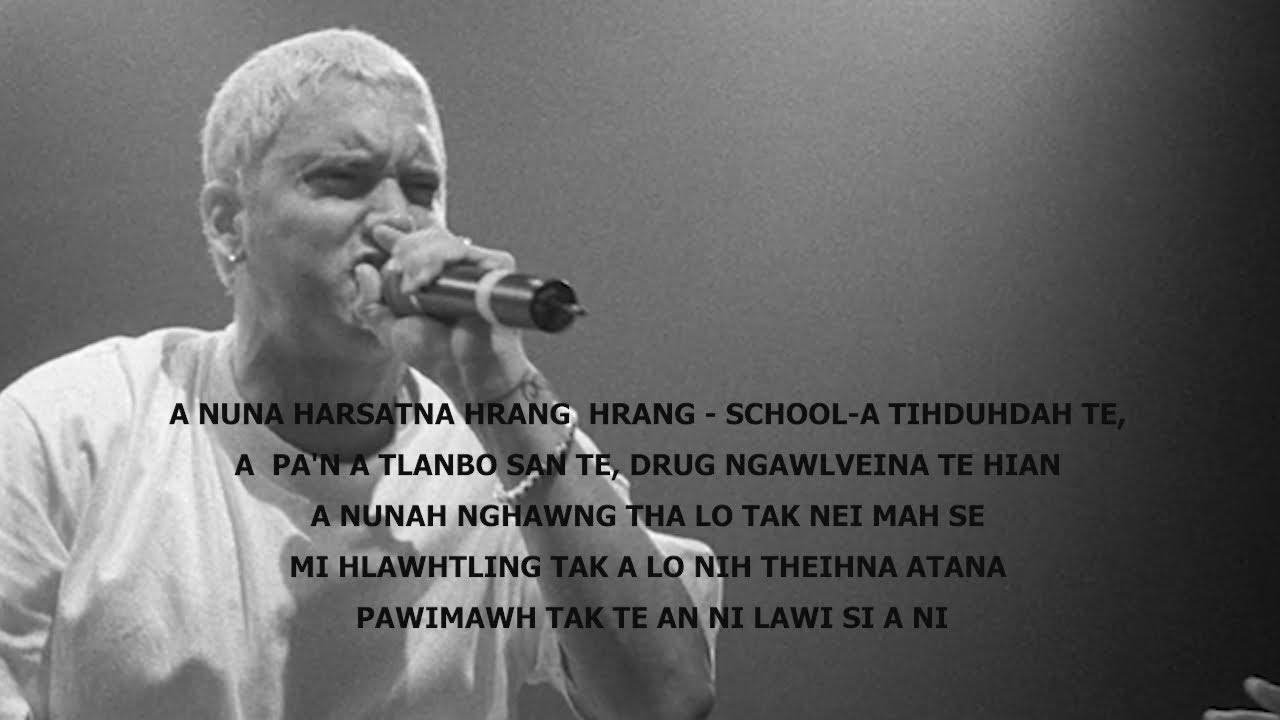 Eminema'n harsatna a paltlang dan