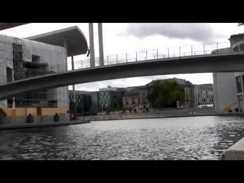 Berlin Government District  River Spree - Time Lapse