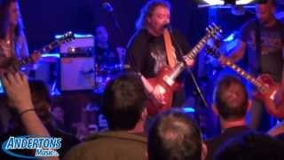 Bernie Marsden Plays the New Marshall Offset Mini Stack