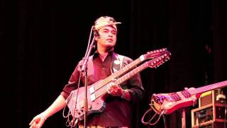 Balawan & the Batuan Ethnic Fusion - Introduction to his music (Live at BOZAR)