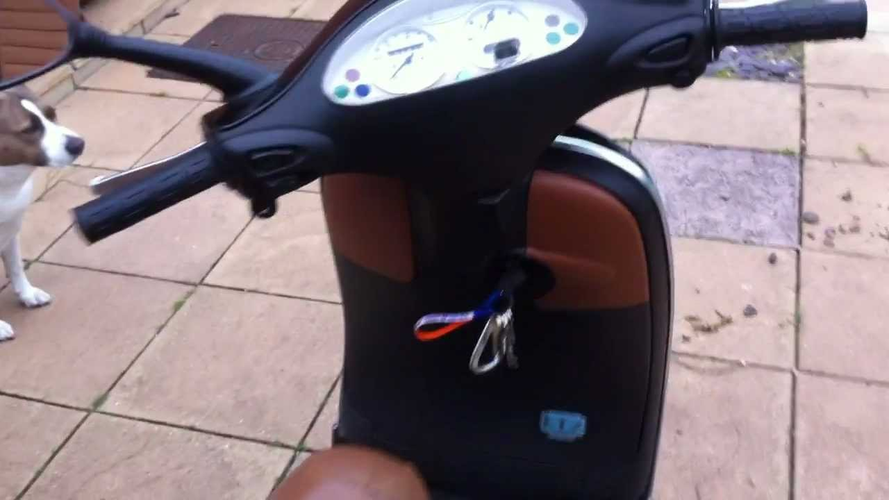 2003 vespa et2 50cc youtube. Black Bedroom Furniture Sets. Home Design Ideas