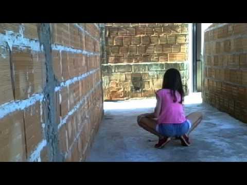 Janaina Barros dançando bonde das maravilhas , senta senta . [3:43x360p]