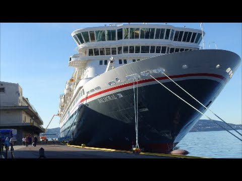 Balmoral Cruise Ship Tour