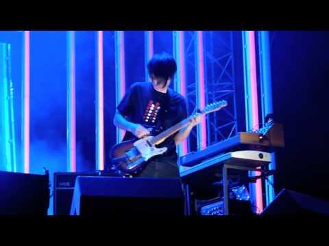 Radiohead weird fishes arpeggi radiohead live in p for Radiohead weird fishes