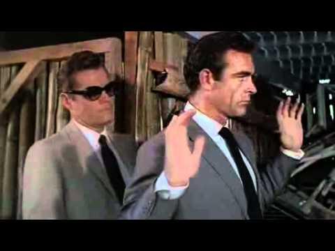 Dr. No (1962) - Bond meets Leiter