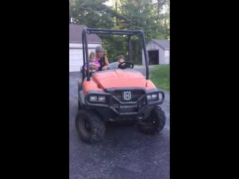 Jj driving farm cart