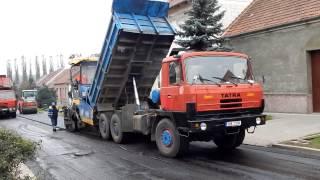 Finišery VÖGELE Super 1800-2 a 1800-3i  and Tatra 815
