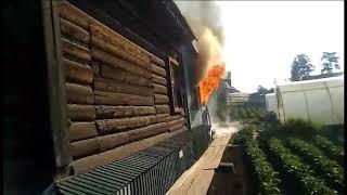 В Усть-Куте загорелся частный дом