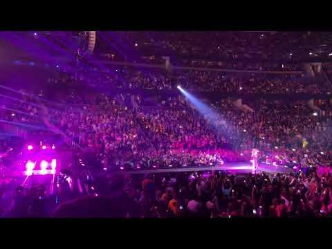 Shakira en Orlando FL (El Dorado World Tour) P4