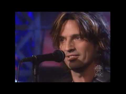 """Tommy Lee """"Hold me down"""" (Live)"""