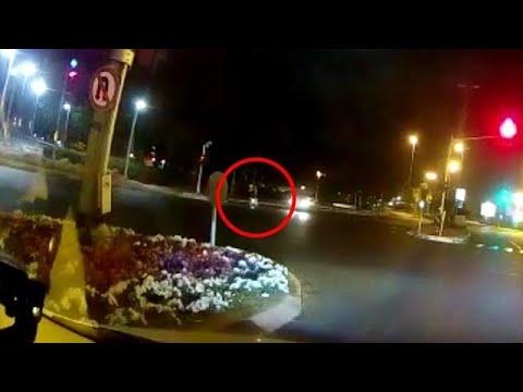 תיעוד פגיעה פגיעת רכבים תאונה תאונת דרכים תאונת פגע וברח במחלף רוקח ב תל אביב