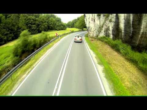 Plener slubny - trailer - zlote BMW - filmowanie kraków