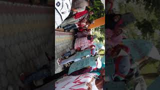 Warga lupus sathean melakukan demo aksi damai