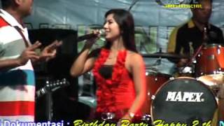 Hitam Putih Acha Kumala ll PANTURA Live in Gringsing Kendal Terbaru.mp3