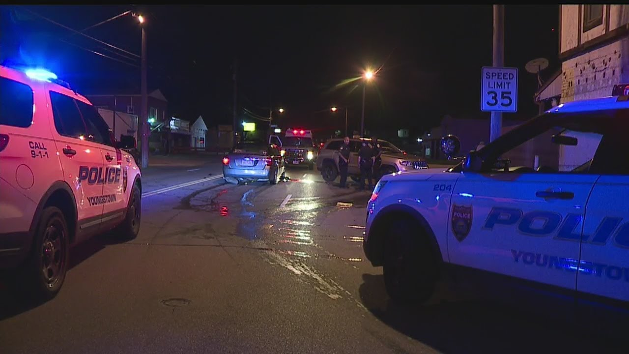 Download Woman hurt in Youngstown crash