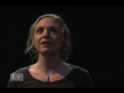 Macbeth (I,5): Lady Macbeth Receives News from Macbeth