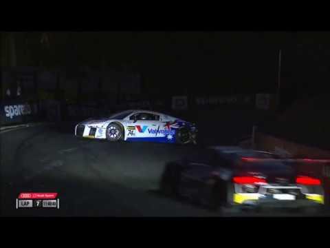 Intercontinental GT Challenge 2017. Liqui Moly Bathurst 12 Hour. Frank Stippler Crash