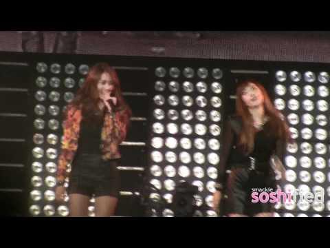 111023 SMTown NY Jessica And Krystal - Tik Tok