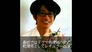 俳優 泉 政行 享年35歳 マサは近所の1つ下の幼馴染でした。 子供の頃は...