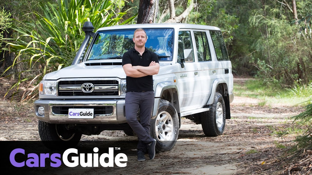 Toyota LC76 LandCruiser GXL 70 Series wagon 2017 review | road test video