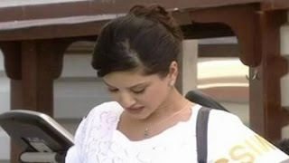 Sunny Leone Cried After Interview With Bhupendra Chaubey CNN-IBN Hot Seat Interview