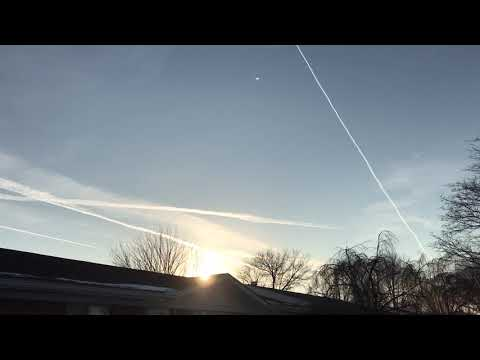 Chemtrails over Sterling Heights michigan.