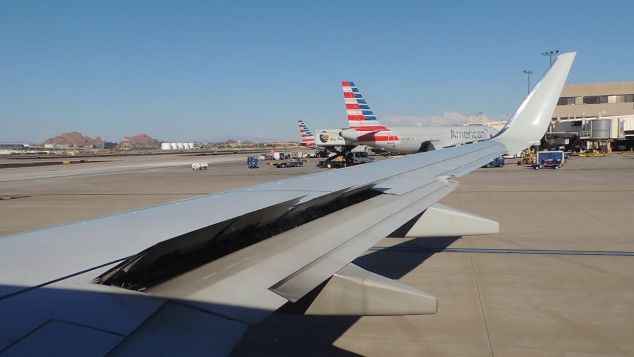 American Airlines Boeing 737 800 N925nn Push Back And