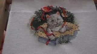 Вышивка крестом.Новогодние котята Игрушка №1