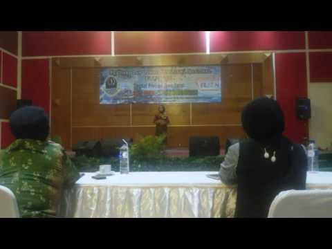 Reumis Beureum pada  FL2SN SMA Tingkat Jawa Barat 2016